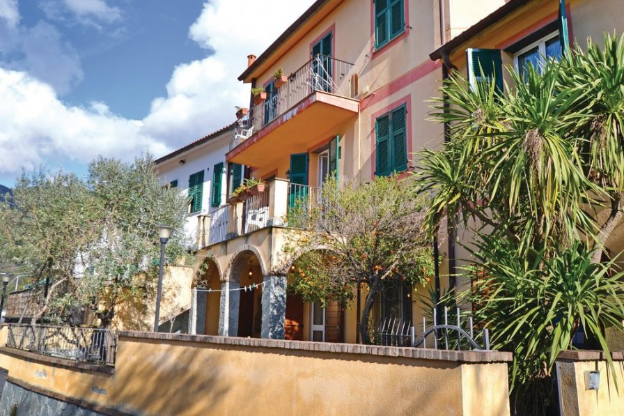 Apartment in Italy, Arbora