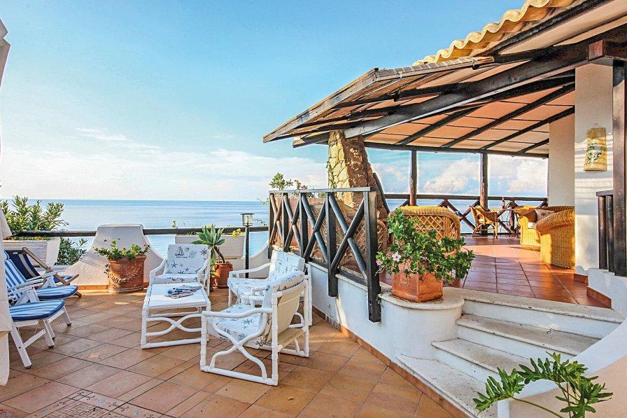 Villa in Italy, Costa dei Monaci