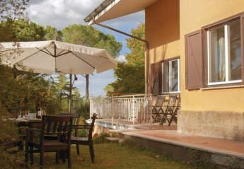 2 bedroom Villa for rent in Rome