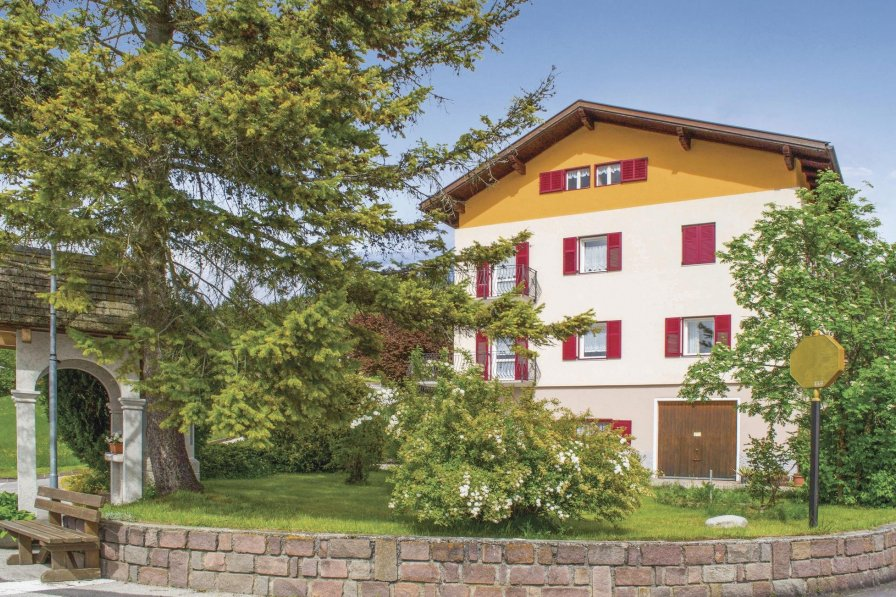 Apartment in Italy, Amblar