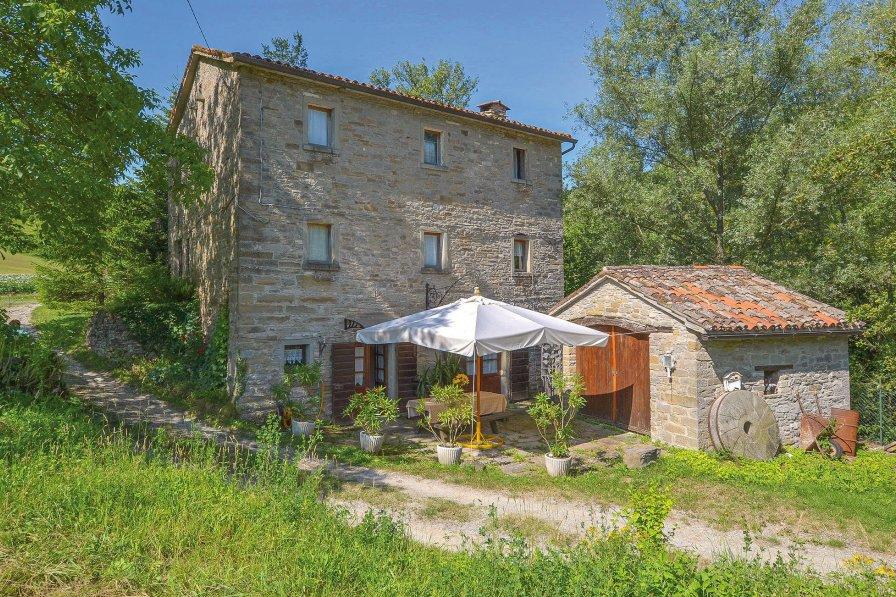 Villa in Italy, Borgo Pace: