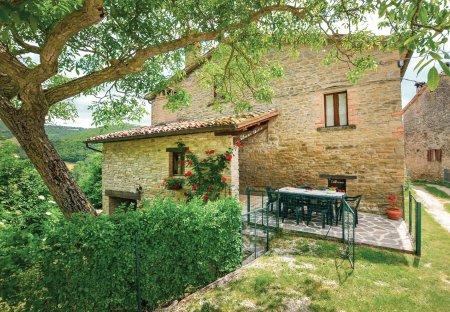 Villa in Mercatello sul Metauro, Italy