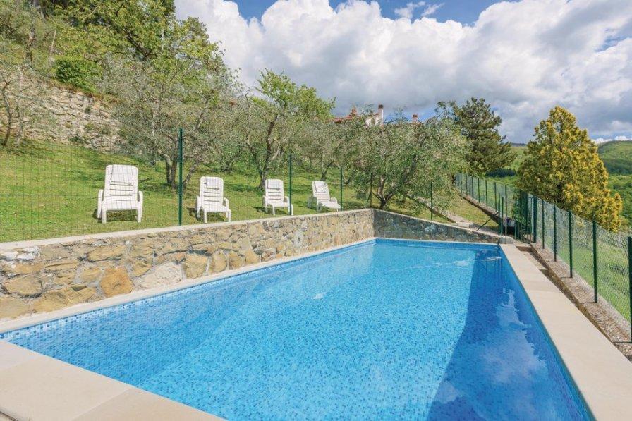 Villa in Italy, Londa