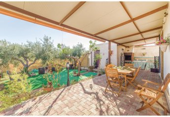 1 bedroom Villa for rent in Menfi