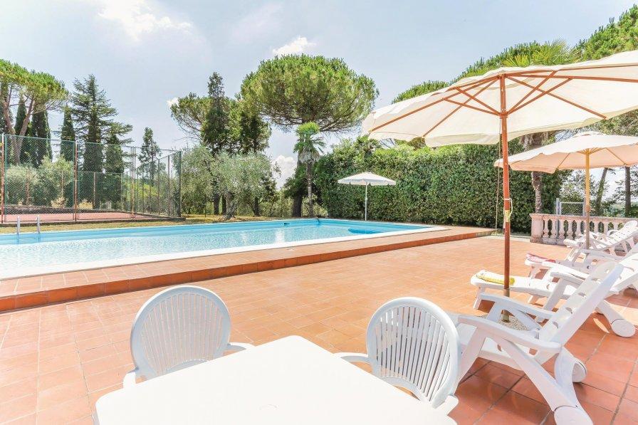 Villa in Italy, Palaia