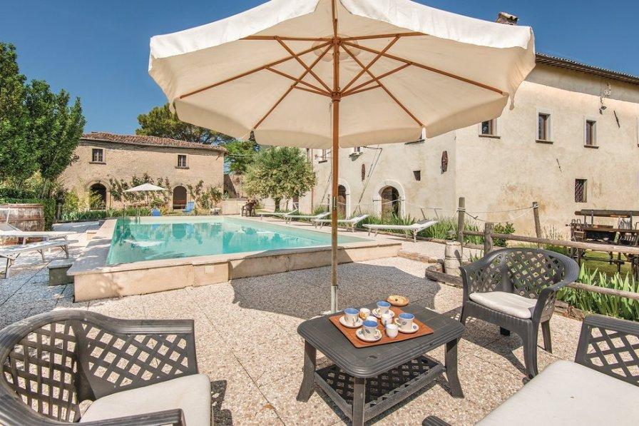 Villa in Italy, Cantalice