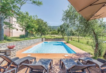 5 bedroom Villa for rent in Arezzo