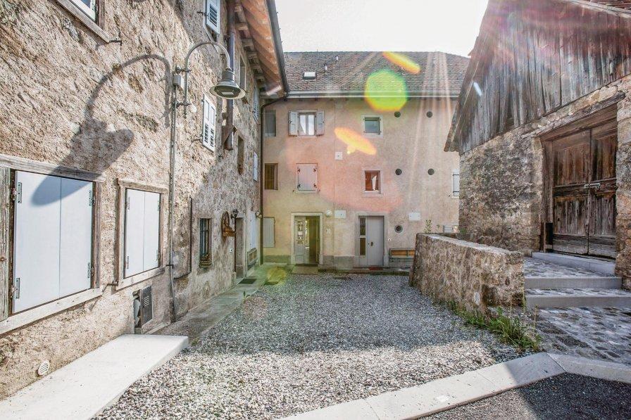 Apartment in Italy, Maranzanis