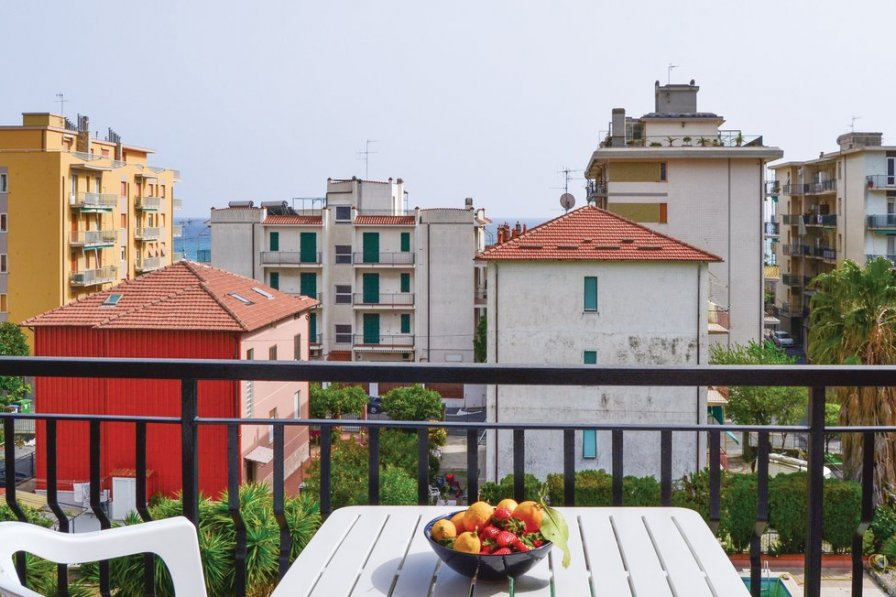 Apartment in Italy, Pietra Ligure