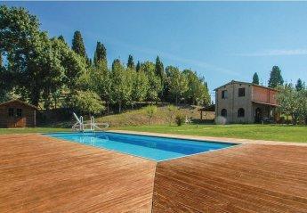 2 bedroom Villa for rent in Asciano