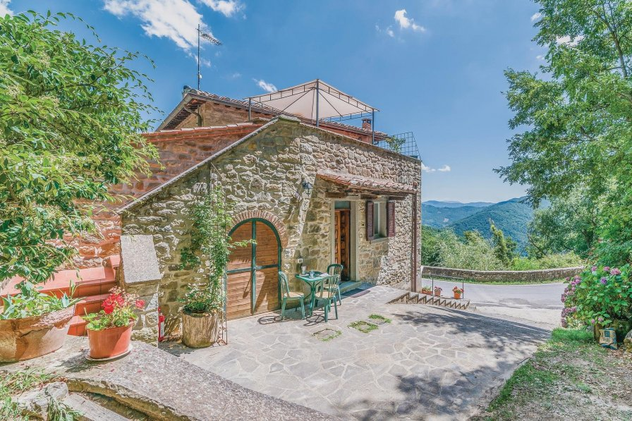 Apartment in Italy, Cortona