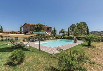 6 bedroom Villa for rent in Gavorrano