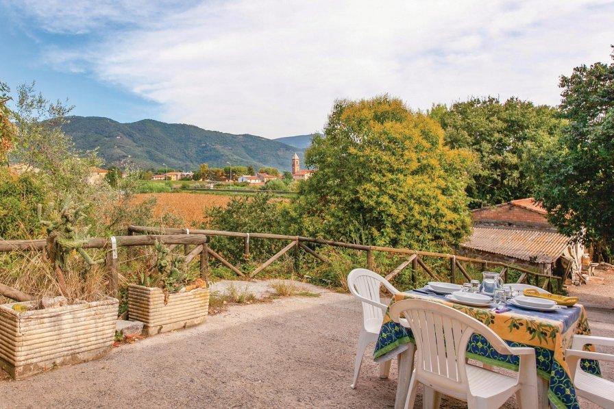 Villa in Italy, Vecchiano-Nodica