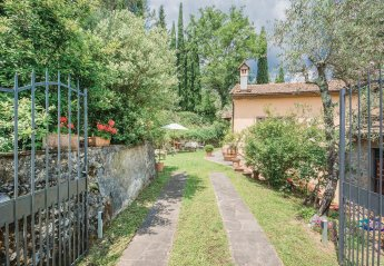 2 bedroom Villa for rent in Pistoia