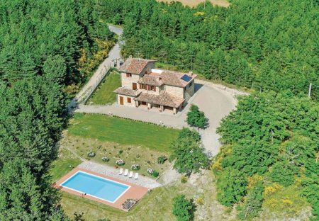 Villa in Monte Santa Maria Tiberina, Italy