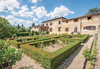 4 bedroom Villa for rent in Montespertoli