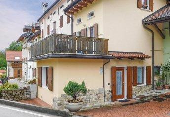 Villa in Italy, Chies