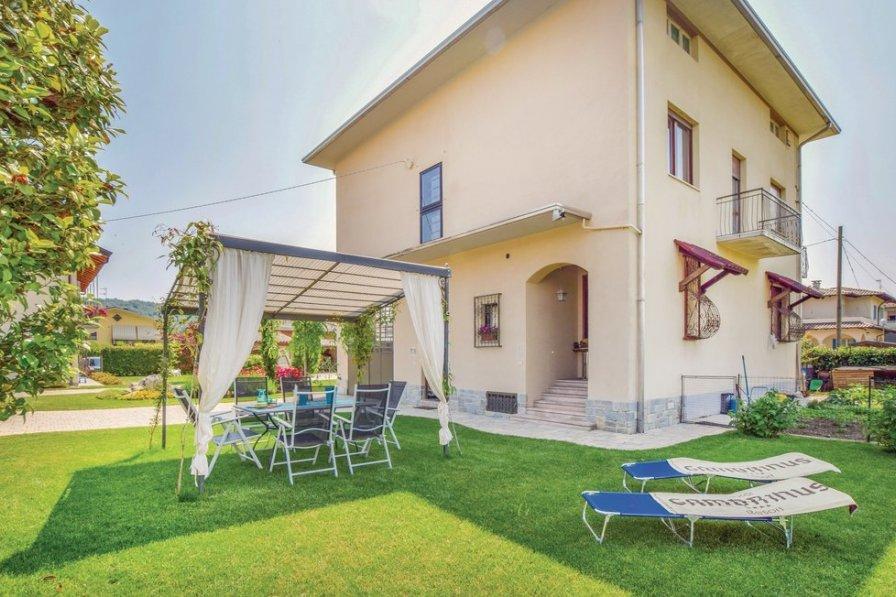 Apartment in Italy, Gozzano
