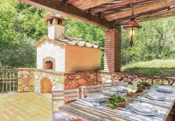 5 bedroom Villa for rent in Pietrasanta