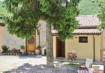 Apartment in Italy, Santi