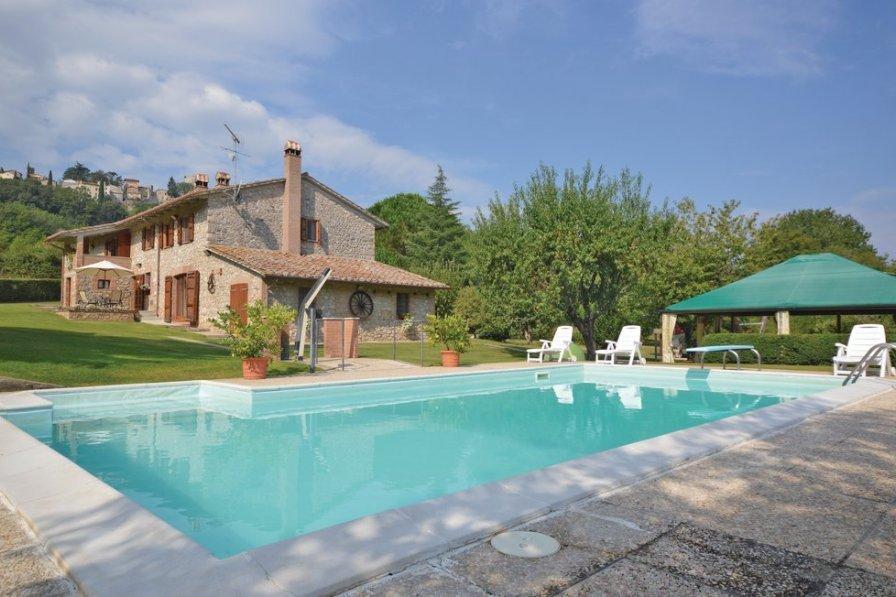 Villa in Italy, Amelia