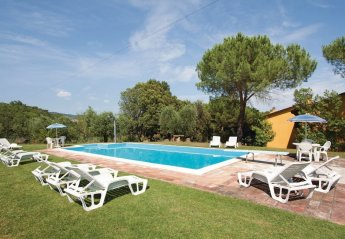 4 bedroom Villa for rent in Magione