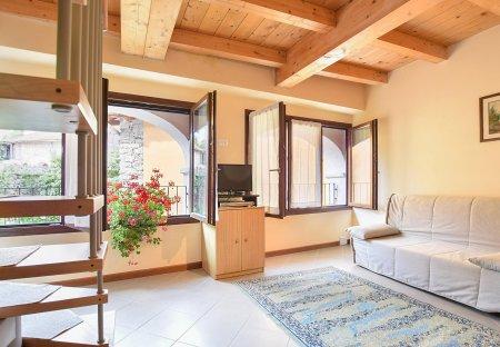 Villa in Artò-Centonara, Italy