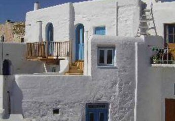 3 bedroom Villa for rent in Paros