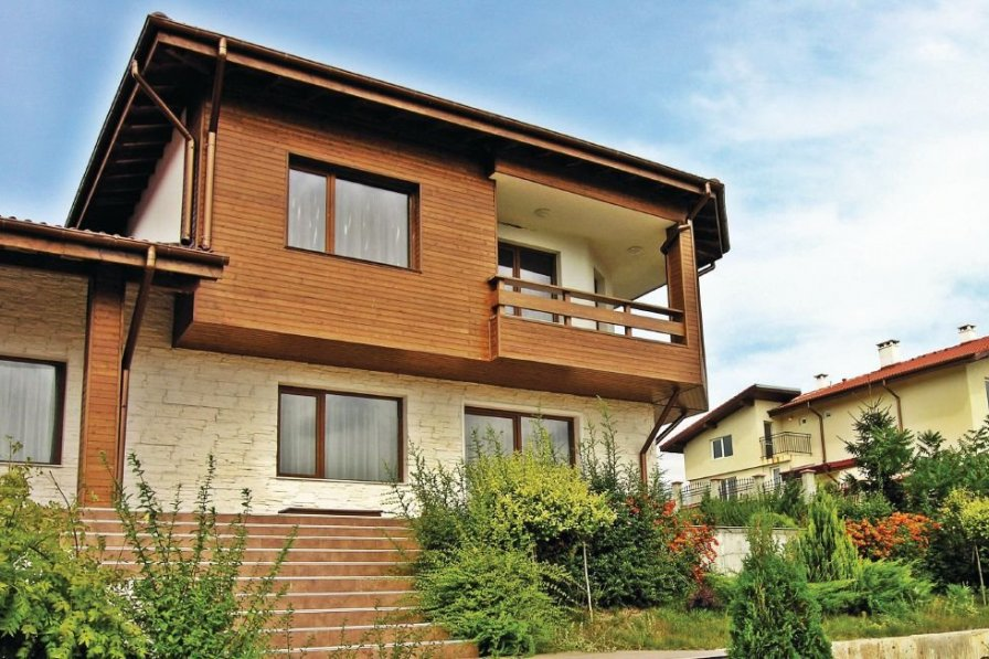 Holiday villa in Varna with swimming pool