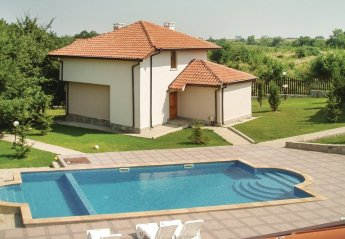 2 bedroom Villa for rent in Byala