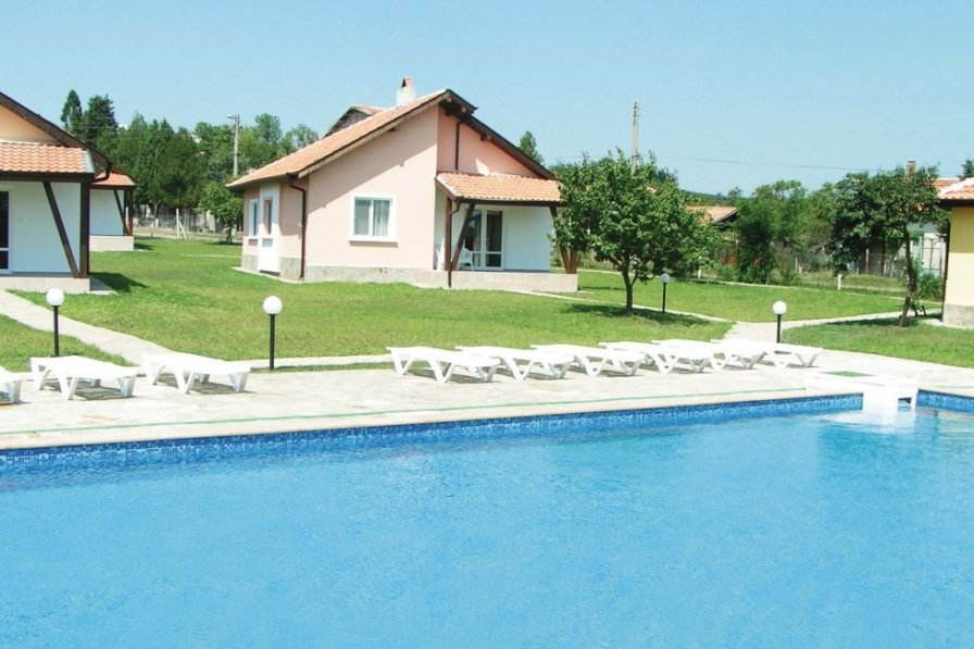 Holiday villa in North Sunny Beach with shared pool