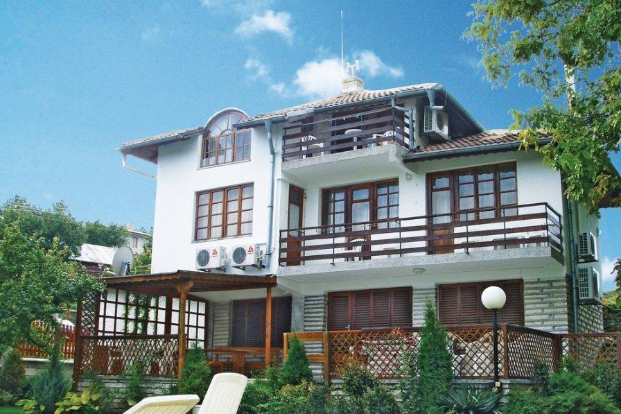 Villa to rent in Varna