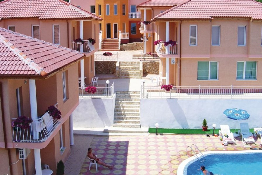 Villa rental in Varna with shared pool