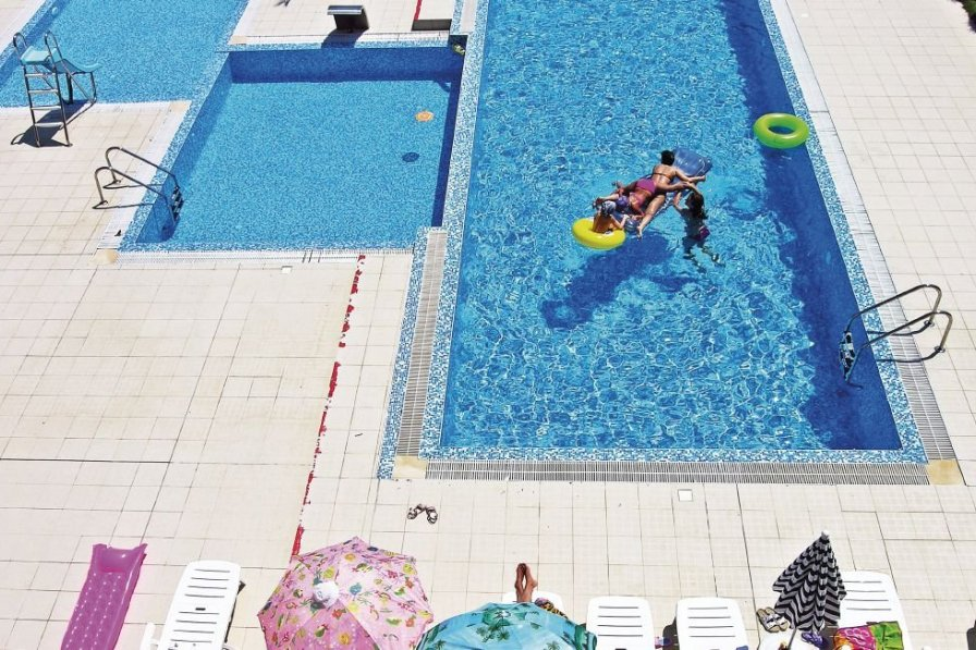 Varna holiday apartment rental with pool