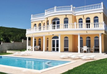 5 bedroom Villa for rent in Varna