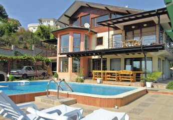 6 bedroom Villa for rent in Balchik