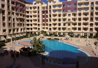 Apartment in Egypt, Hurghada: Pool view from the balcony of the apartment