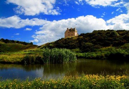Chateau in North Berwick West, Scotland