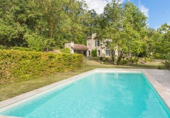 Villa in France, Fieux