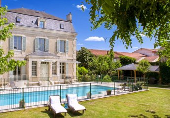 Chateau in France, Saint-Astier Sud