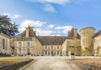 Chateau in France, Couze-et-Saint-Front