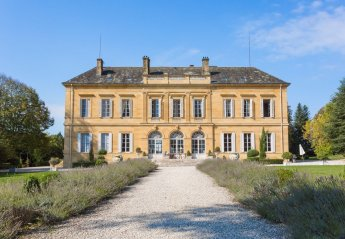 21 bedroom Chateau for rent in Lanouaille