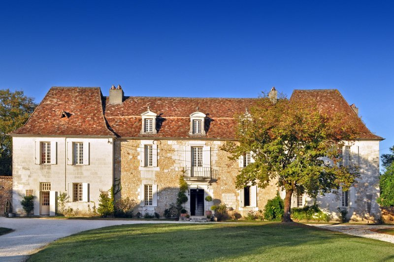 Chateau in France, Saint-Martin-des-Combes