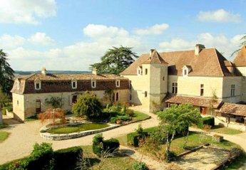 Chateau in France, Colayrac-Saint-Cirq