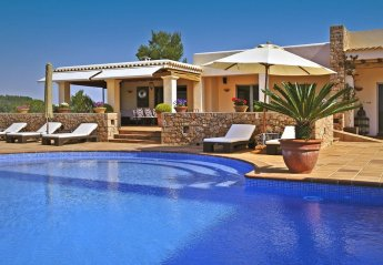 7 bedroom Villa for rent in Santa Eulalia del Rio