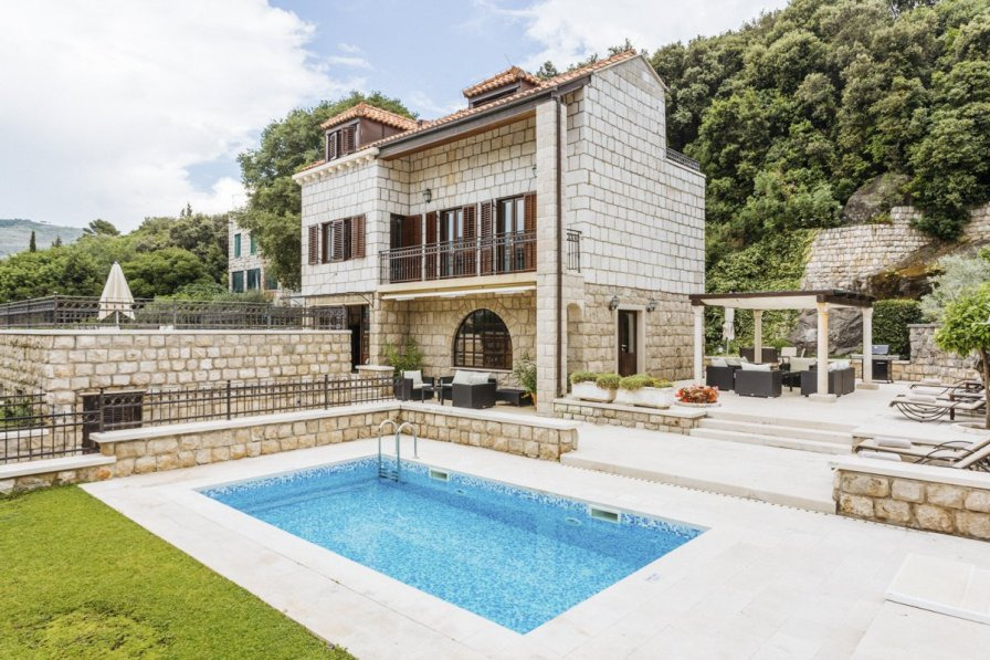 Villa in Croatia, Babin Kuk