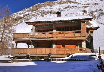 6 bedroom Castle for rent in Val d'Isere