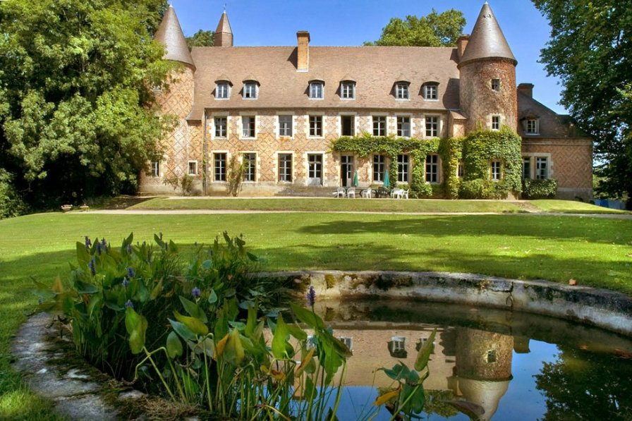Chateau To Rent In Paray Le Fr 233 Sil France With Private