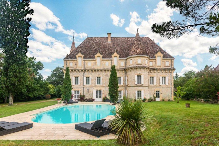 Chateau in France, Castelsagrat
