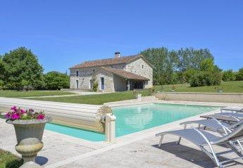 4 bedroom Villa for rent in Moncrabeau